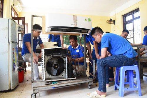 Học nghề sửa  chữa điện lạnh